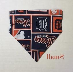 Detroit Tigers Baseball MLB  Over Collar Slide On Pet Dog Ca