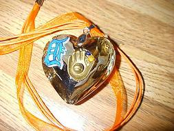 DETROIT TIGERS Crystal Glass Heart PENDANT~NECKLACE~Baseball