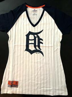 Detroit Tigers NEW Women's Large V-Neck Tee . MLB Baseball T