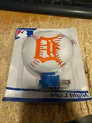 detroit tigers baseball shaped night light