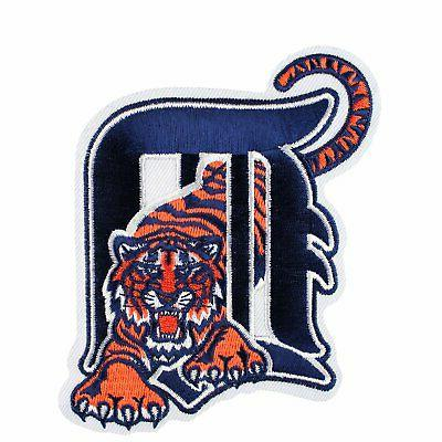 detroit tigers old english d with tiger