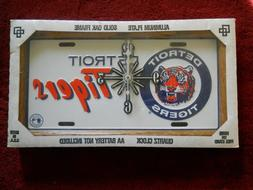 Vintage Genuine MLB Detroit Tigers License Plate Oak Frame Q